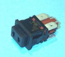 49HF339 Interruptor bipolar con toma 13x20mm 12A 4 faston